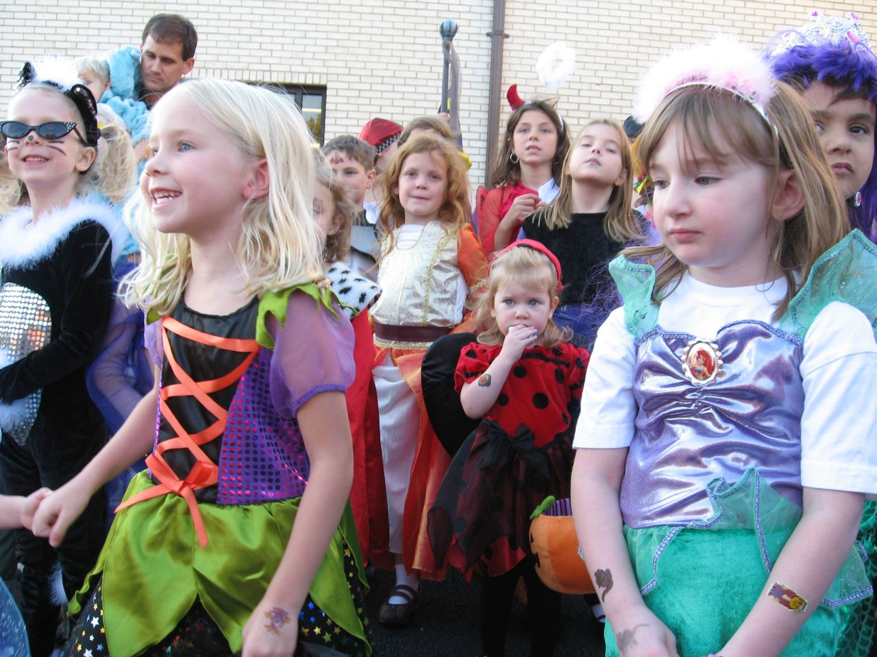 Amelia at the Church\'s Fall Festival